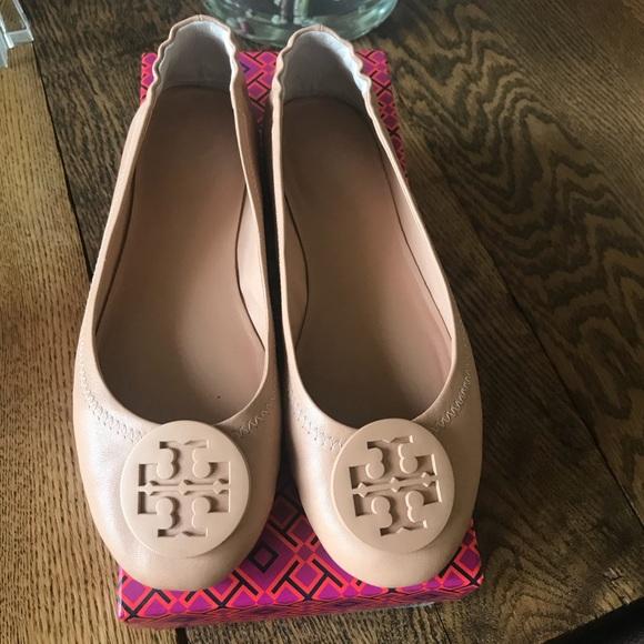 d996c9aea594 Tory Burch Shoes | Authentic Minnie Travel Ballet Flats | Poshmark